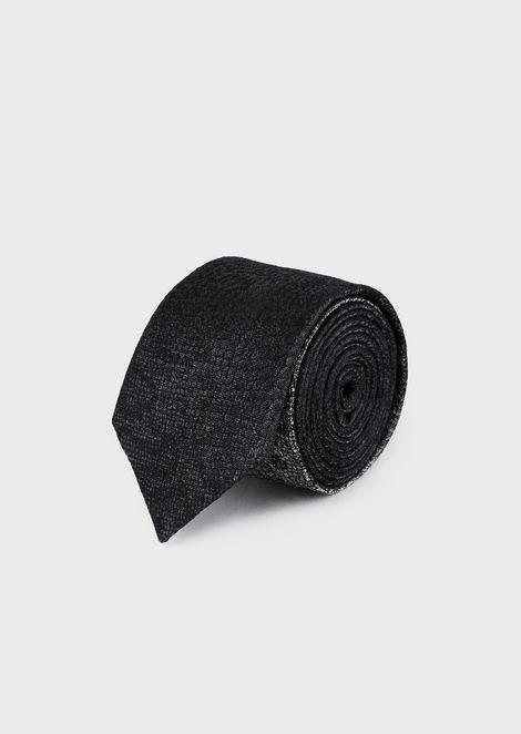 Pure silk tie with jacquard python motif