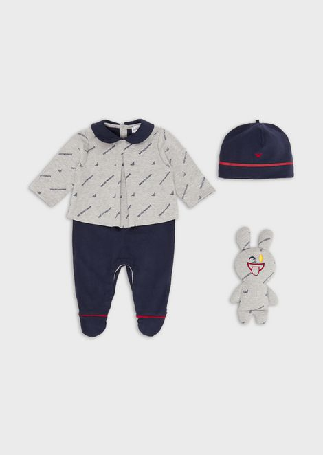Gift set with baby suit, beanie and cuddly toy