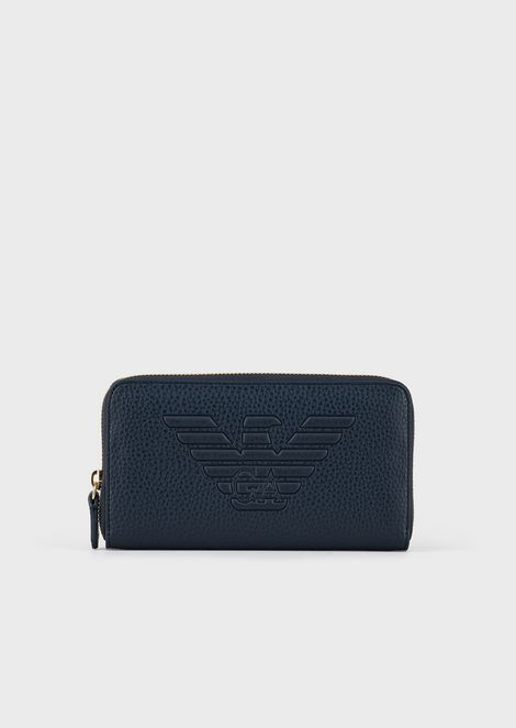 Full-zip wallet with embossed maxi logo