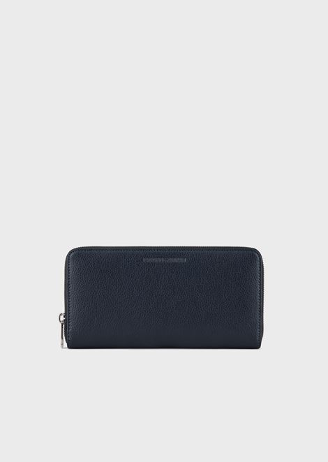 Full-zip wallet in tumbled leather with logo