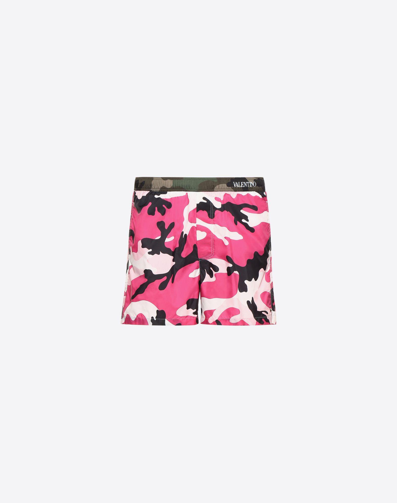 VALENTINO Logo Camouflage Drawstring closure Techno fabric Three pockets Internal slip  47224916rh