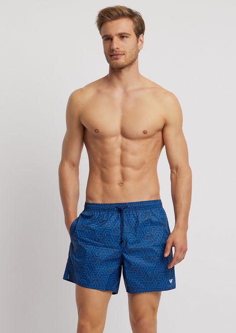 几何图案品牌徽标高科技面料游泳裤