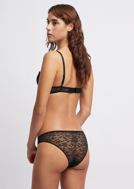 Floral lace briefs with a small charm