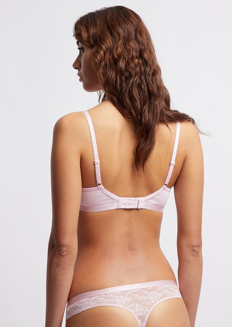 Triangular bra with lace detail