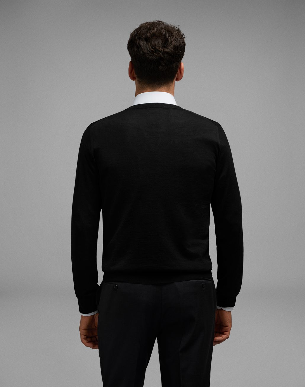 BRIONI Black Crew-Neck Sweater Knitwear Man d