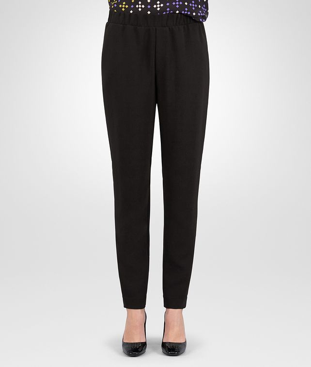 BOTTEGA VENETA PANTS IN NERO TECHNICAL CREPE Skirt or trouser D fp