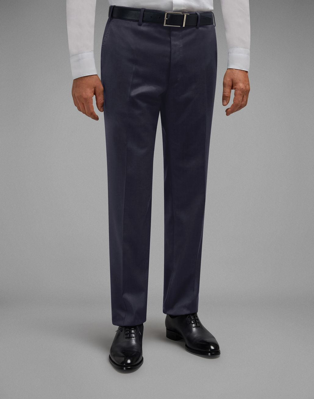 BRIONI 'Essential' Navy Blue Tigullio Trousers Trousers [*** pickupInStoreShippingNotGuaranteed_info ***] r