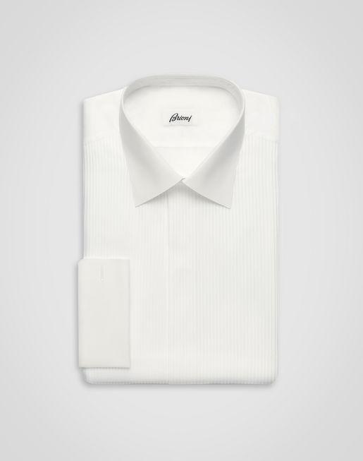 Удобная вечерняя рубашка белого цвета с манишкой