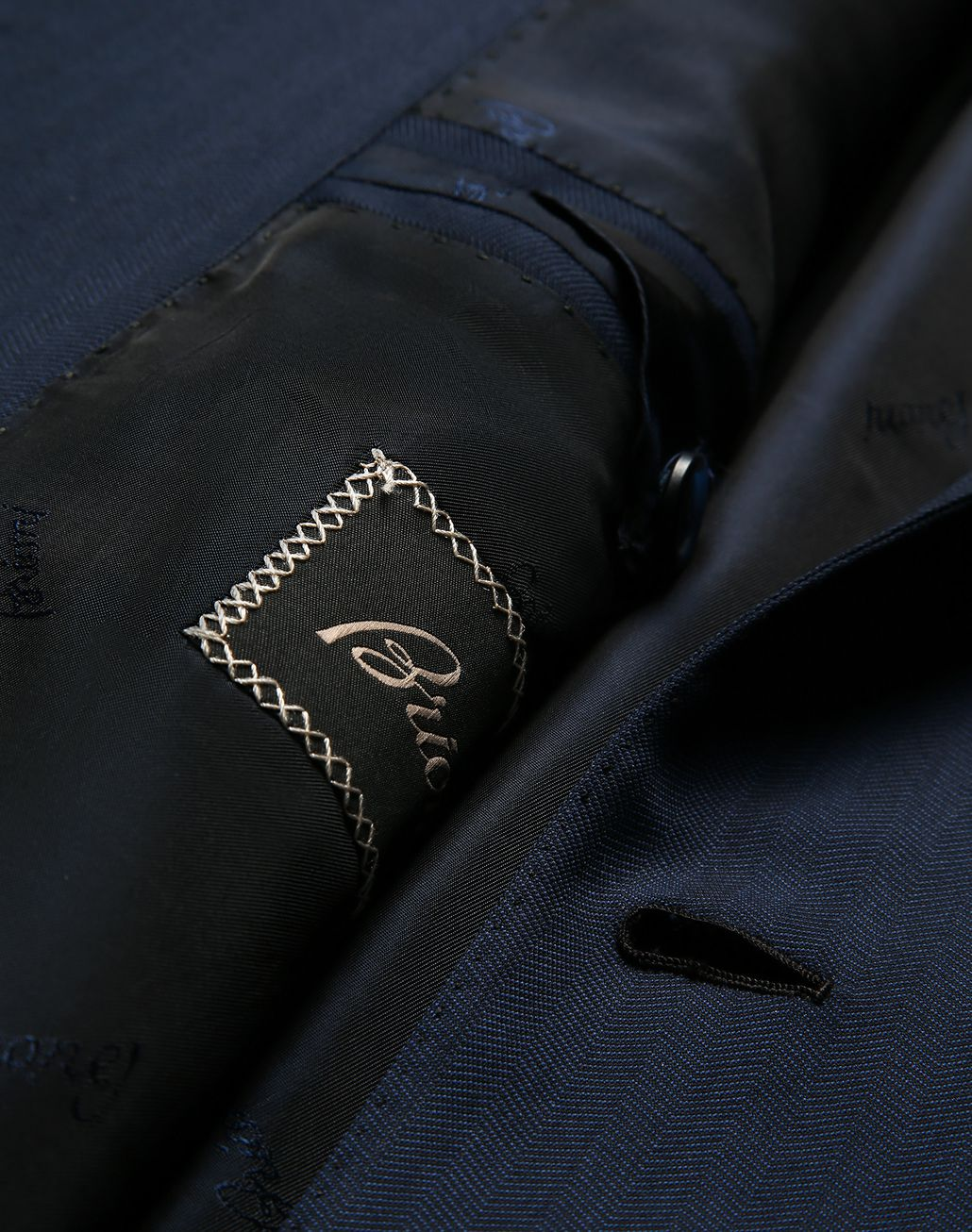 BRIONI Navy Blue Herringbone Brunico Suit Suits & Jackets [*** pickupInStoreShippingNotGuaranteed_info ***] b