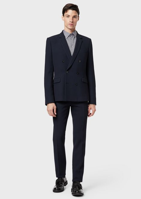 Double-breasted suit in textured stretch fabric