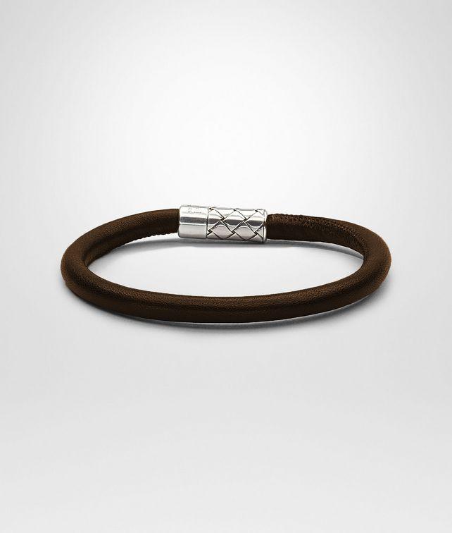 BOTTEGA VENETA Armband aus antikem Silber und Nappaleder Intrecciato Ebano Armband U fp