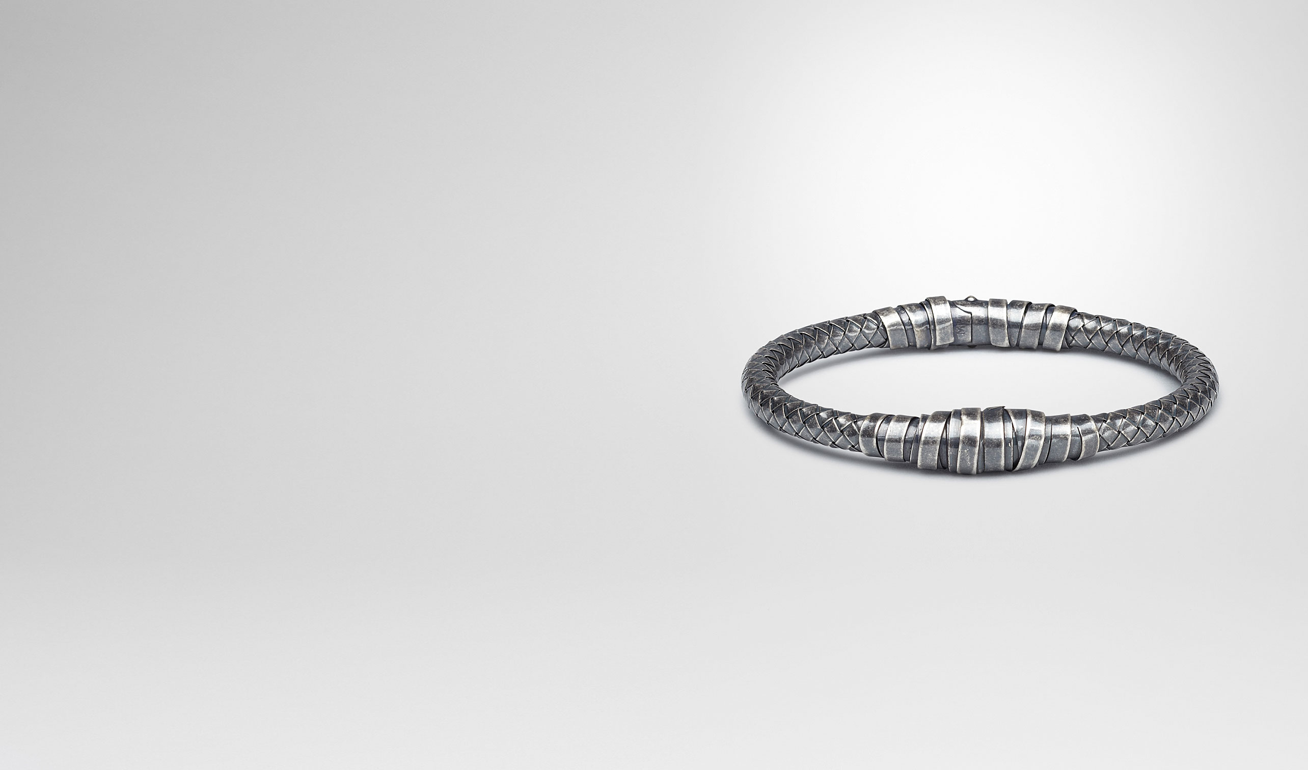 BOTTEGA VENETA Bracelet U Intrecciato Oxydized Silver Bracelet pl