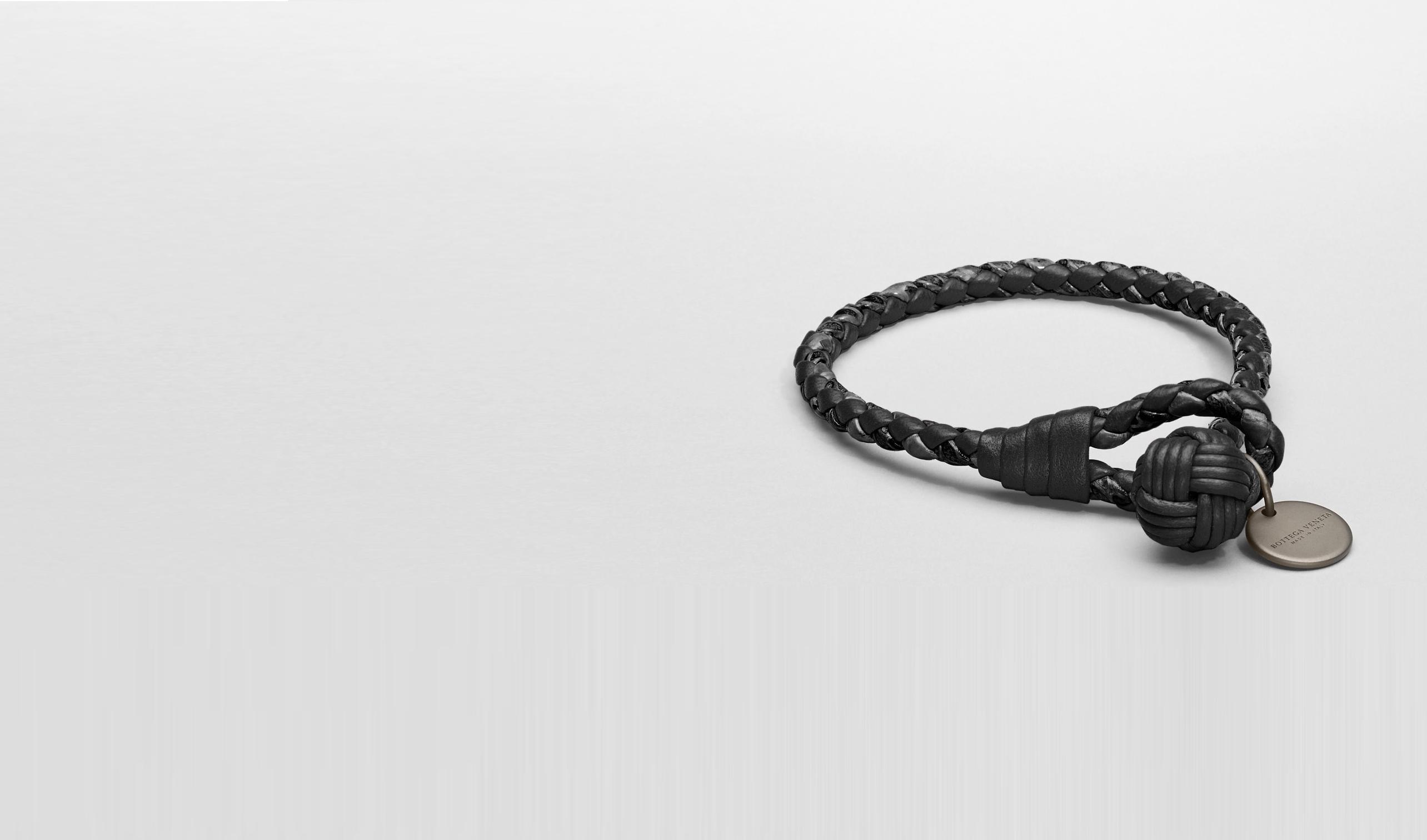 BOTTEGA VENETA Keyring or Bracelets E Nero Intrecciato Ayers Nappa Bracelet pl