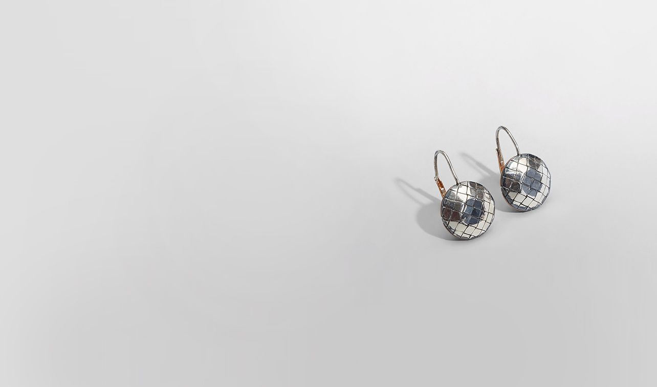 BOTTEGA VENETA Earrings D EARRINGS IN SILVER, INTRECCIATO DETAILS pl