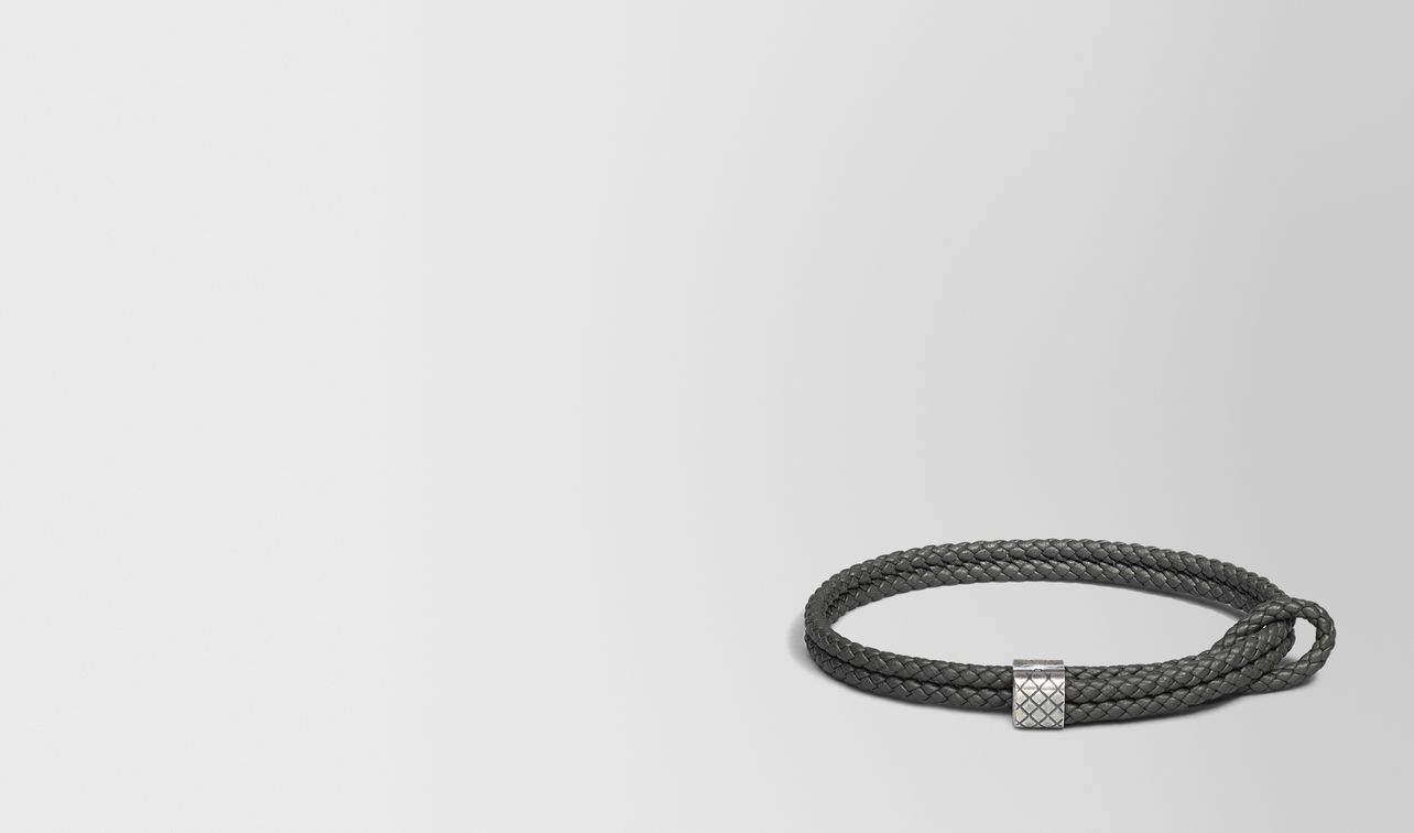 bracelet in new light grey intrecciato nappa and silver landing