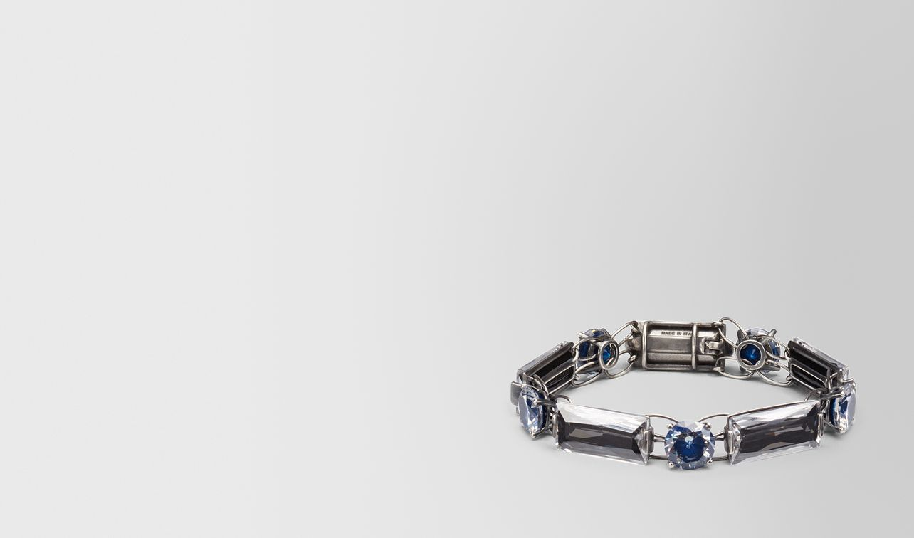 bracelet in silver and blue grey stones landing