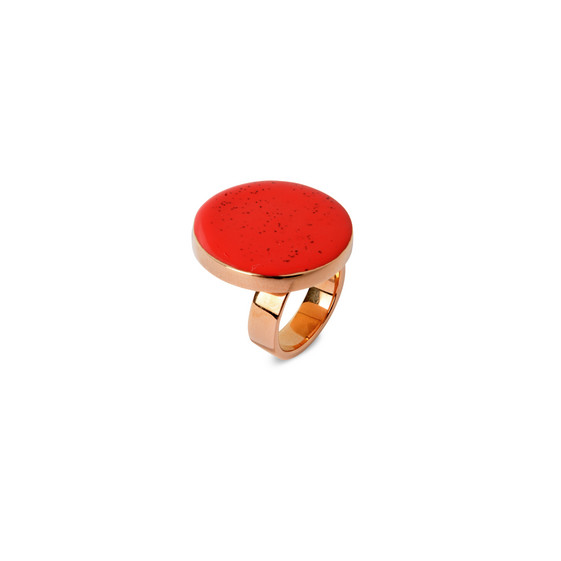Bague circulaire rouge
