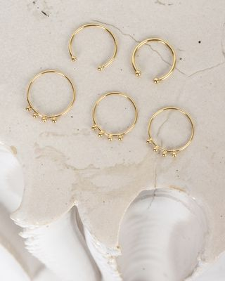 Clash set of 5 gold plated rings