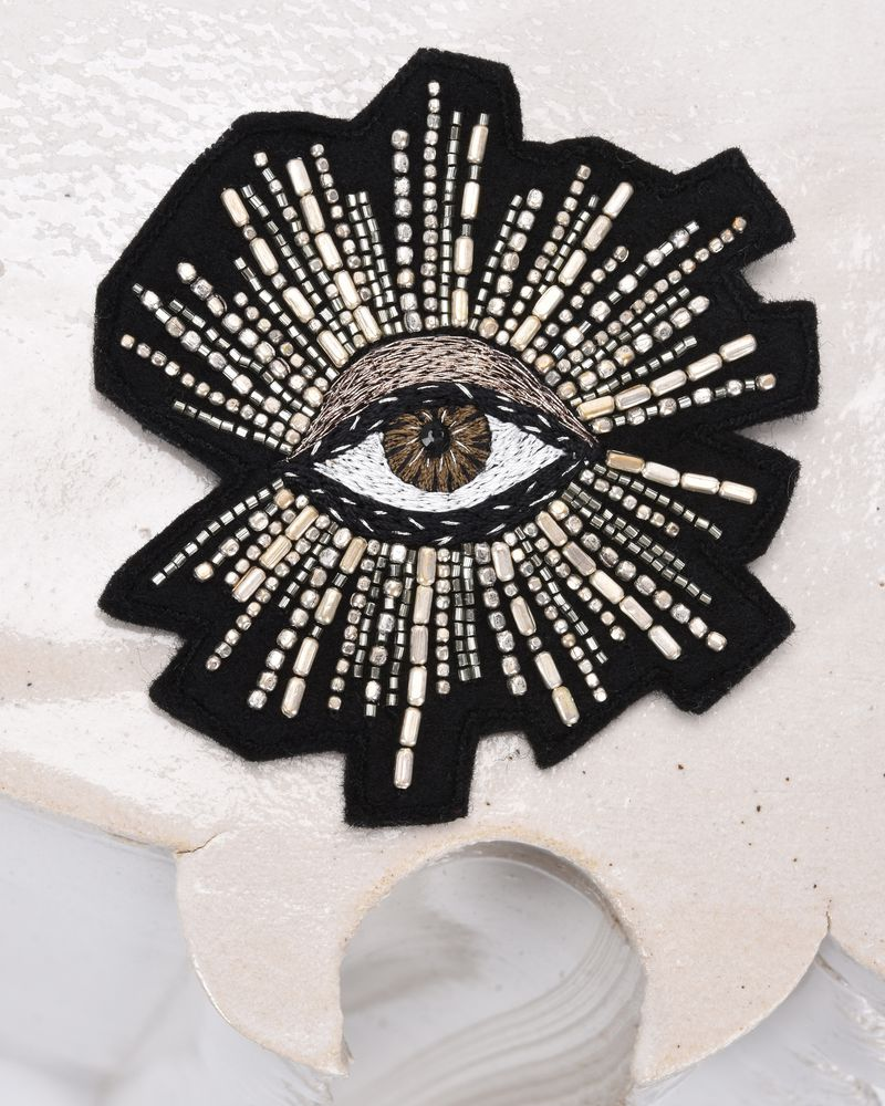 Eye brooch Isabel Marant