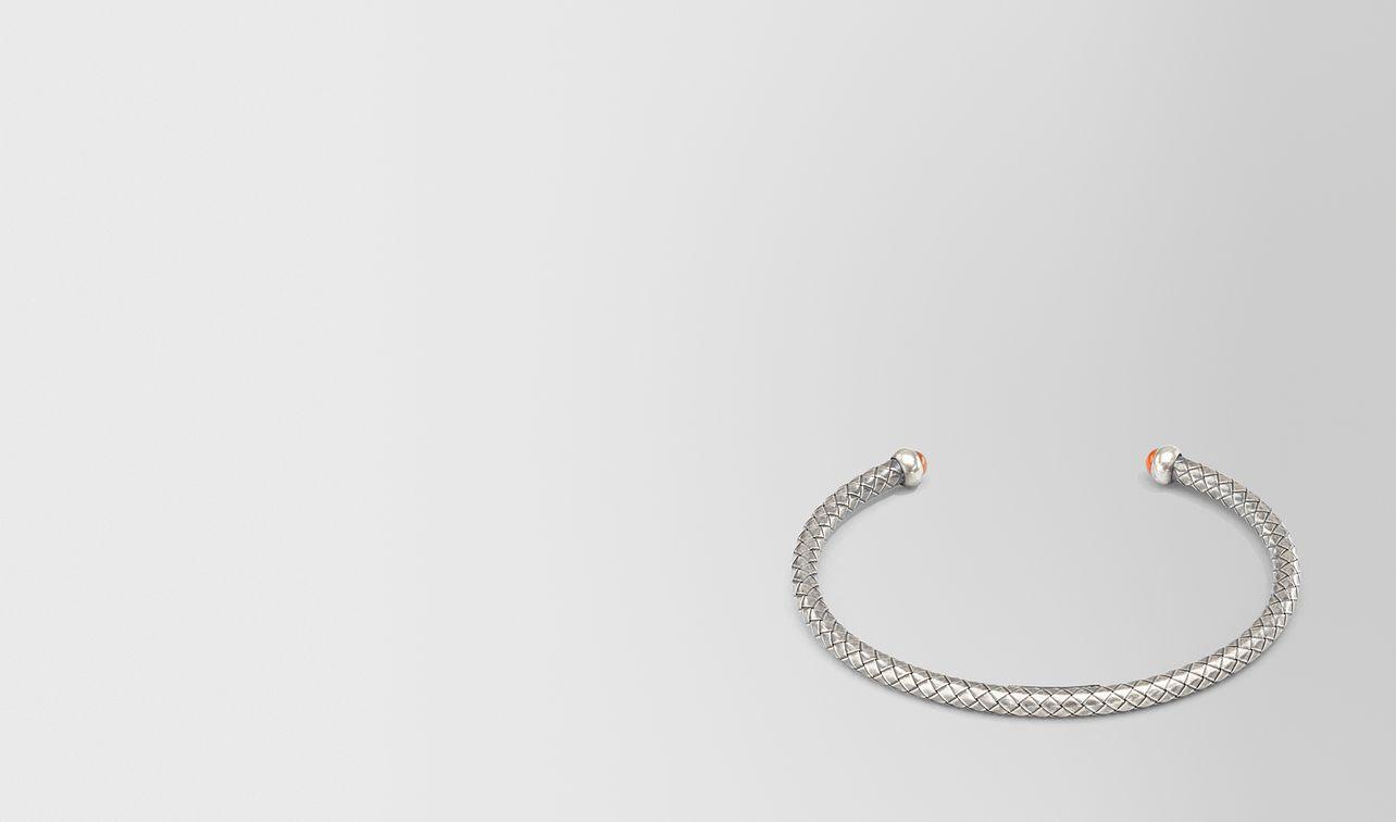 bracelet in carnelian and silver  landing