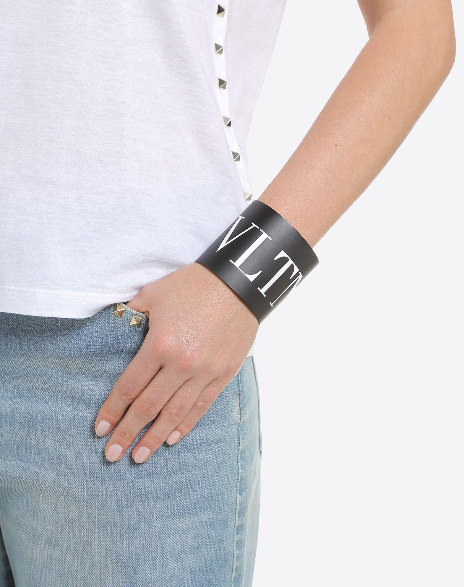 VALENTINO GARAVANI VLTN Cuff Bracelet D a