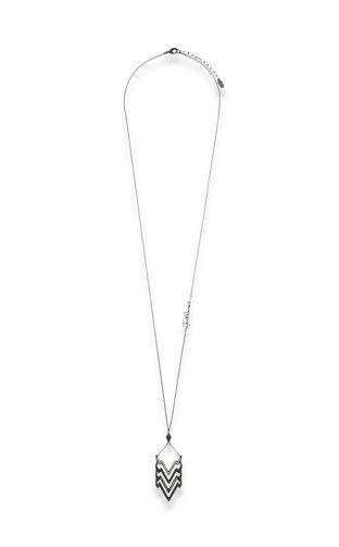 GLAM-CHIC theme pendant necklace