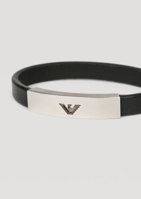 Leather bracelet with logo plate