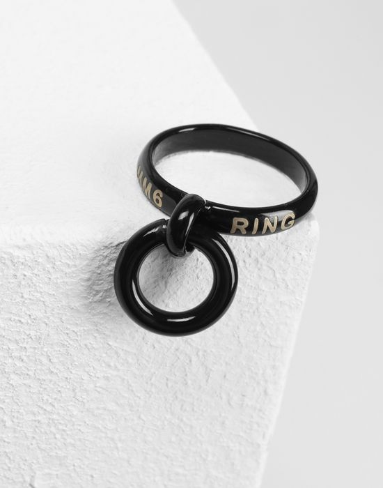 MM6 MAISON MARGIELA Black links ring Ring [*** pickupInStoreShipping_info ***] d