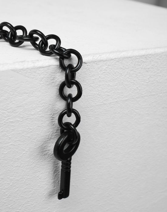 MM6 MAISON MARGIELA Black chains earrings with a padlock Earrings [*** pickupInStoreShipping_info ***] d