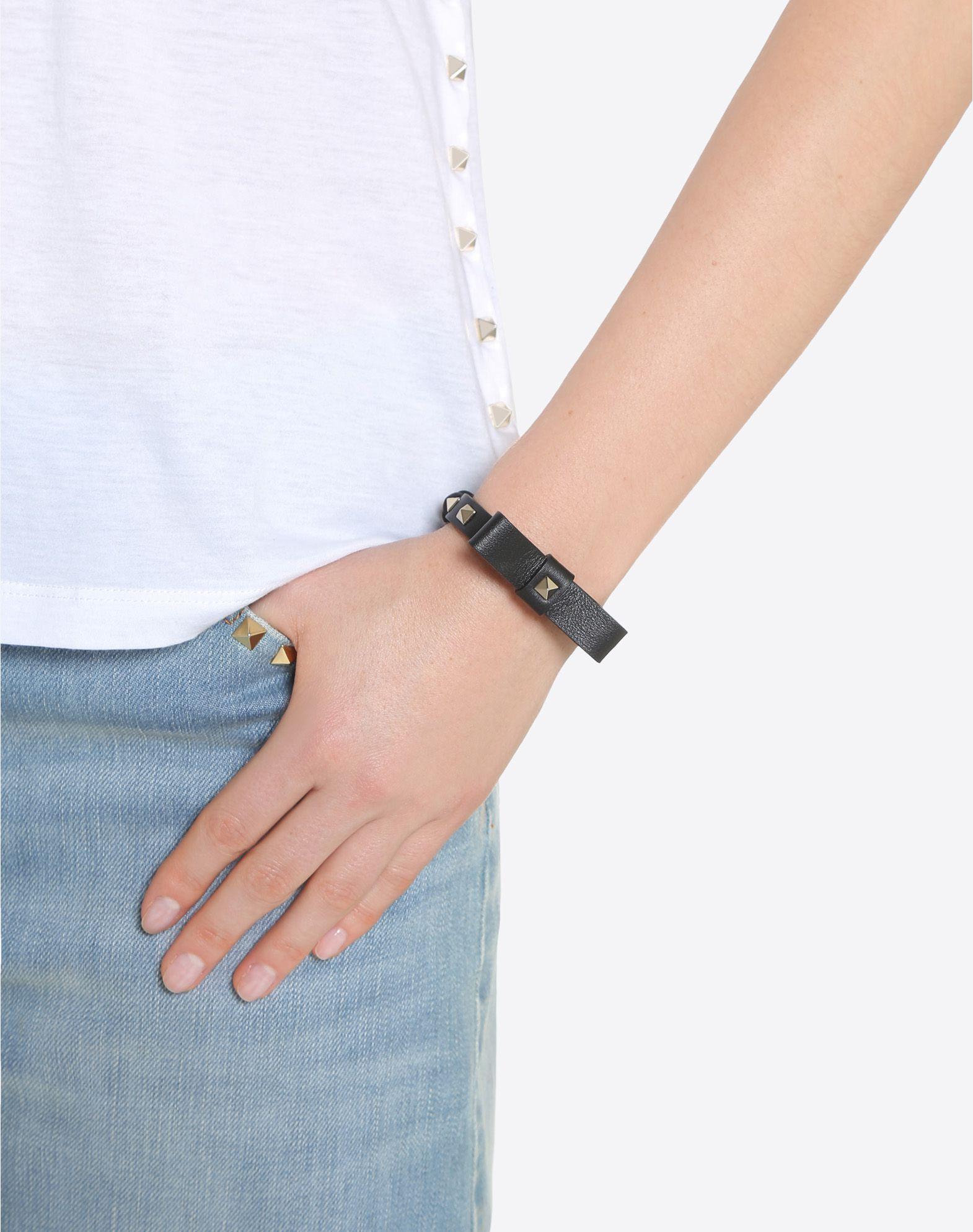 VALENTINO GARAVANI Rockstud Bracelet with bow detail Bracelet D a
