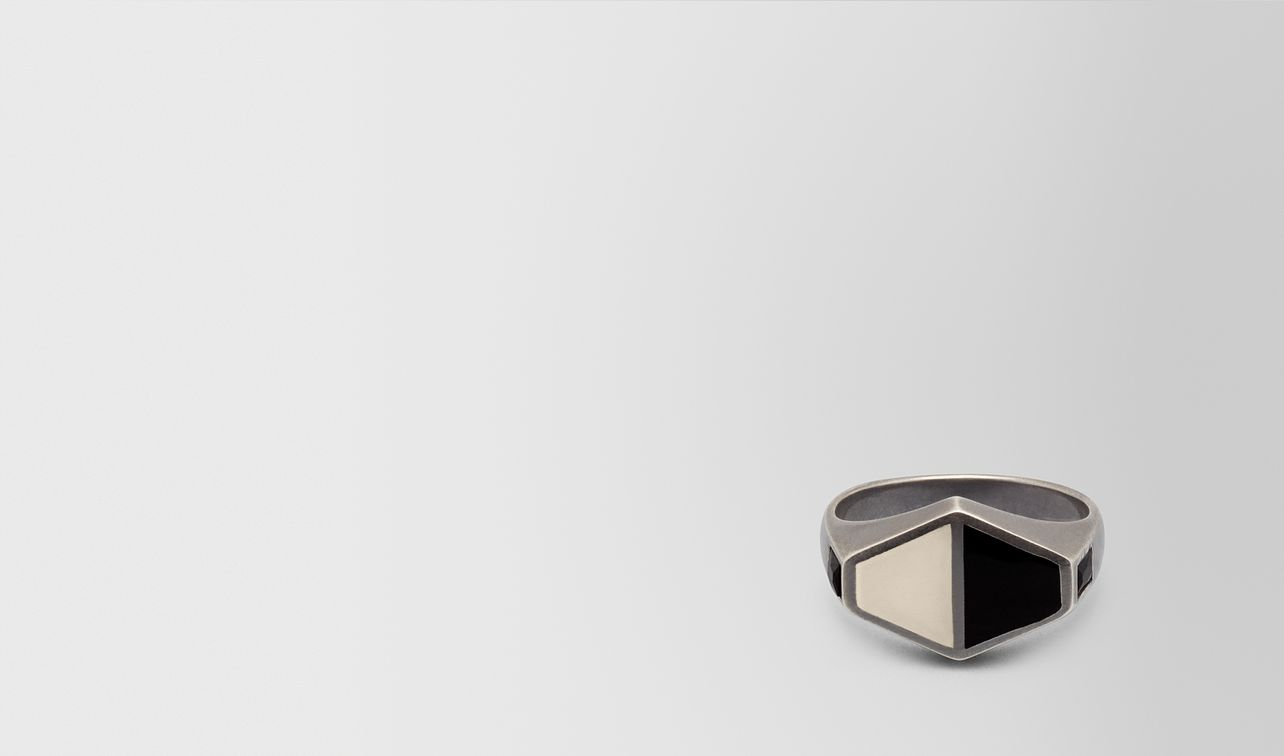 nero/mist silver ring landing