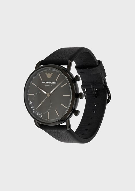 Hybrid smartwatch with hammered leather strap
