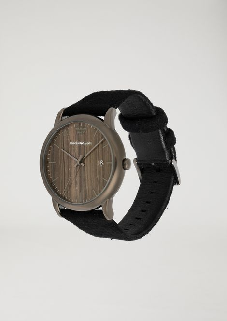 Watch with wood-effect dial and cream strap
