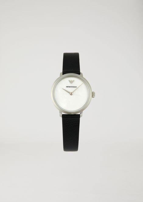 视觉图案表盘与皮革表带腕表