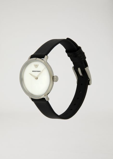 Watch with optical motif dial and leather strap