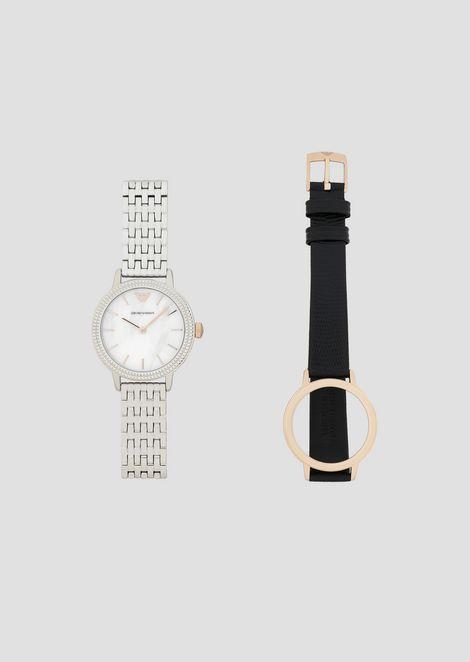 Montre en acier avec bracelets interchangeables en cuir et en acier 6e4ec3efb40