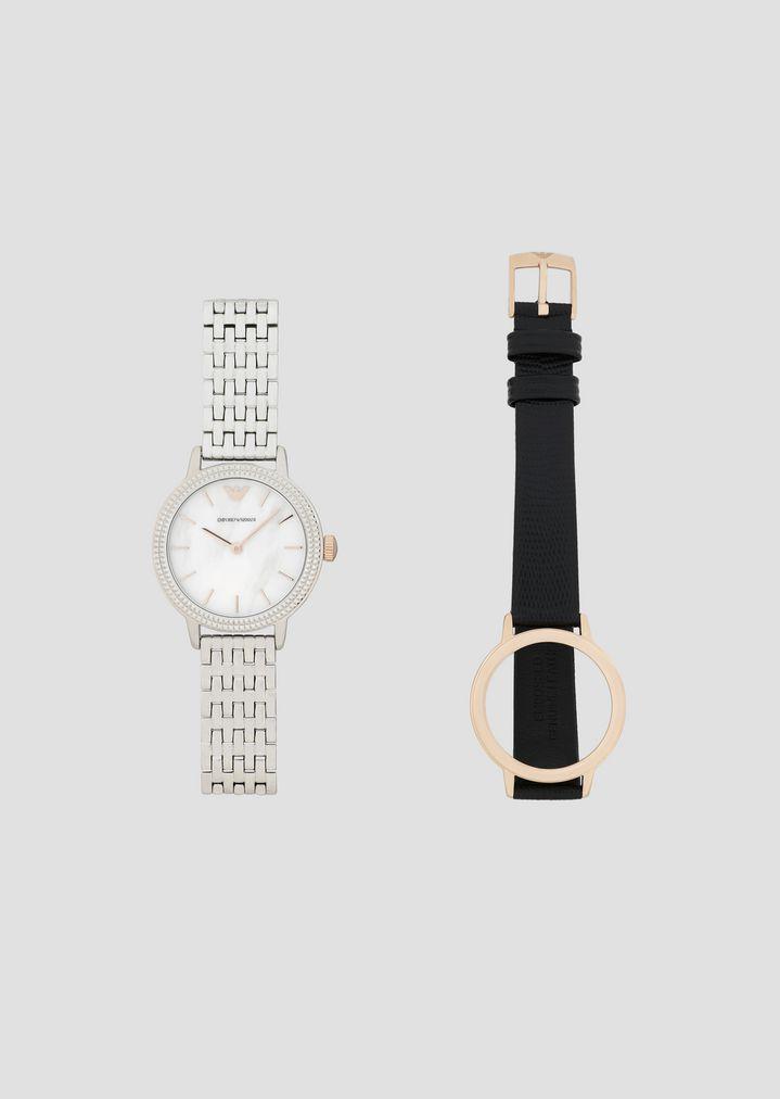 39842233fc Uhr aus Stahl mit austauschbaren Armbändern aus Lederarmband und  Stahlarmband
