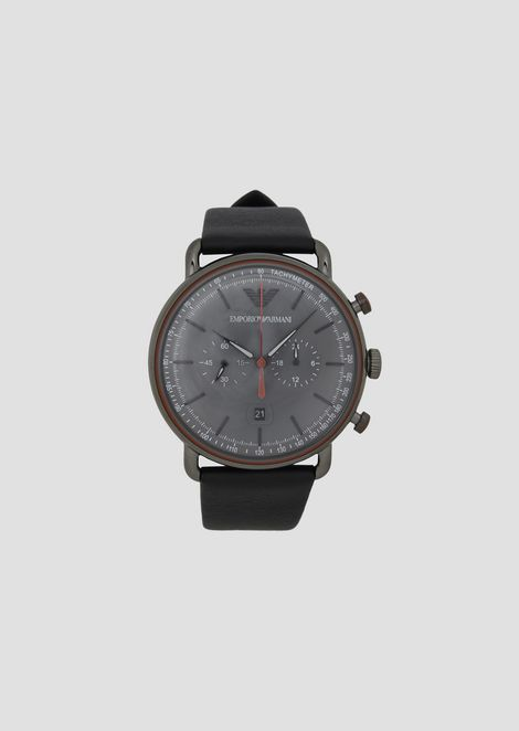 944b8d7923c Chronograph with round steel dial and hammered leather strap
