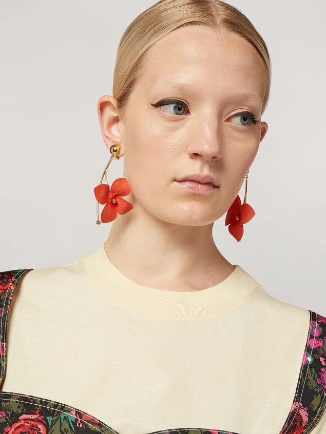Marni FLORA earrings in metal with branch-shaped pendant and contrast cotton flowers Woman - 2