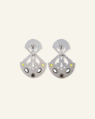 STUDDED SHIELD EARRINGS
