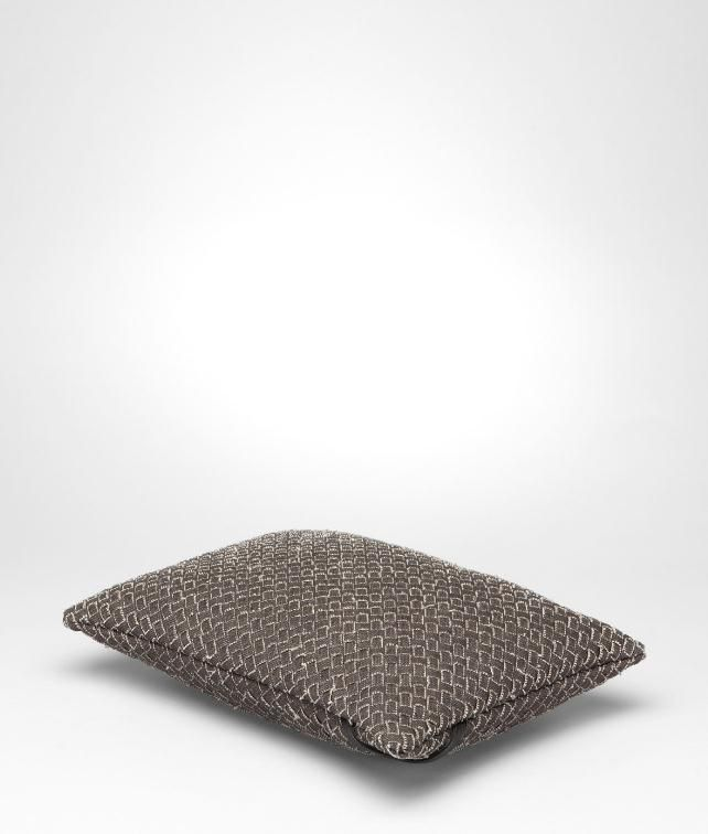BOTTEGA VENETA Intrecciato Linen Rectangular Pillow Pillow and blanket E fp