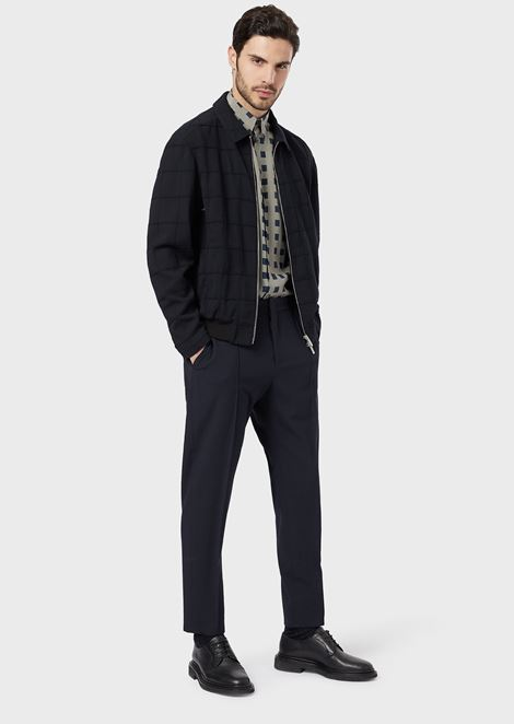 Natural stretch seersucker trousers with raised central profile