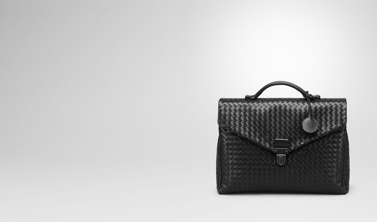 small briefcase in nero intrecciato vn landing