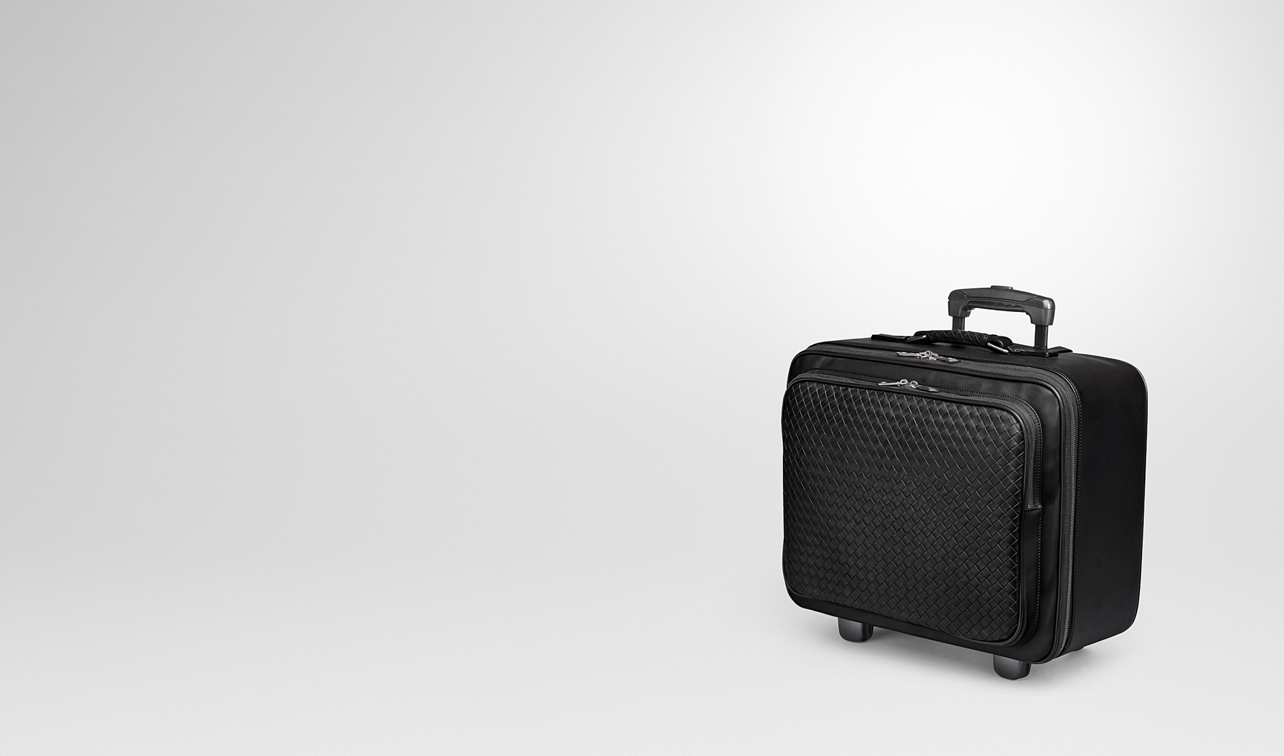 BOTTEGA VENETA Trolley and Carry-on bag E TROLLEY IN NERO INTRECCIATO VN pl