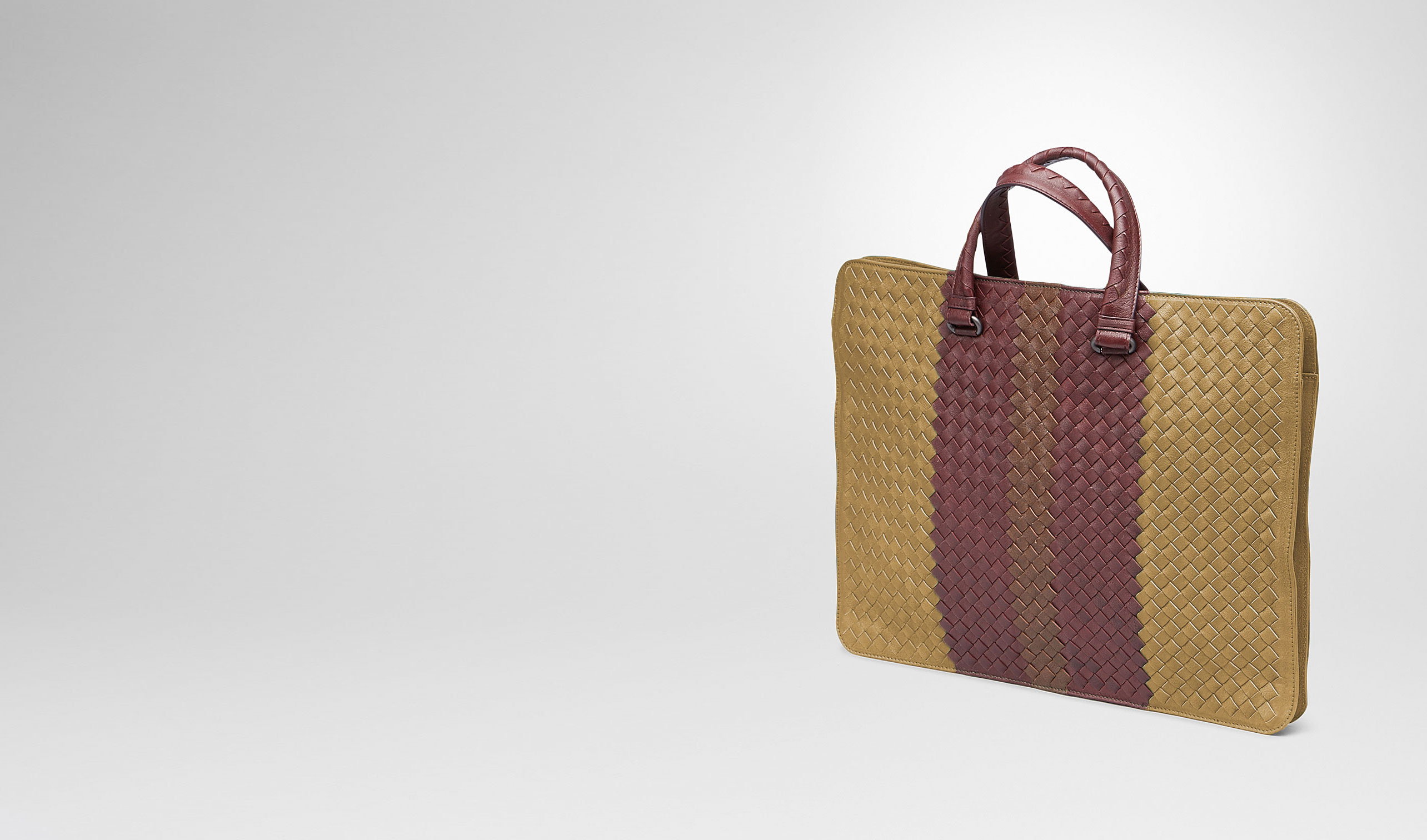 BOTTEGA VENETA Business Tasche U AKTENTASCHE AUS CLUB FUMÉ INTRECCIATO NEW BRONZE, AUBERGINE UND EDOARDO pl