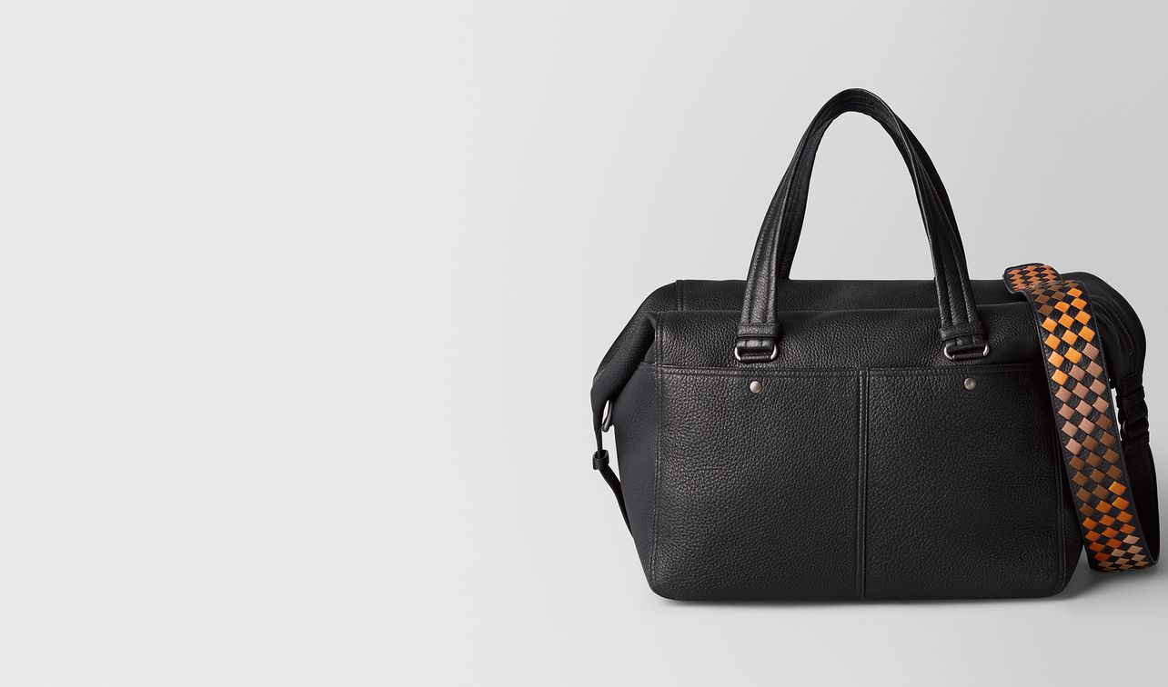 nero/dark leather cervo duffel landing