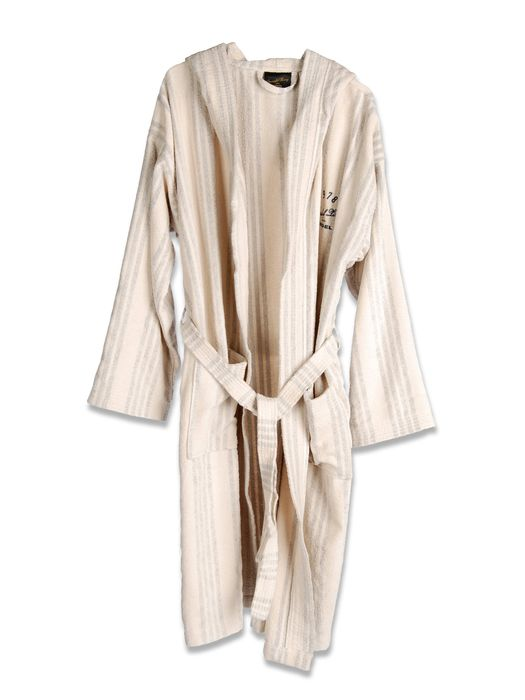 LIVING EASTERN TRAVELLER BATHROBE  Bath E f
