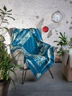 LIVING BIG BANDANA FURNISHING THROW 140X140  Living E r