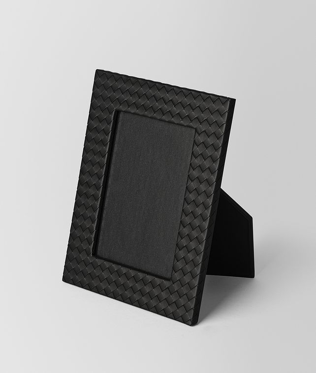 BOTTEGA VENETA MEDIUM PHOTO FRAME IN NERO INTRECCIATO NAPPA Photo frame E fp