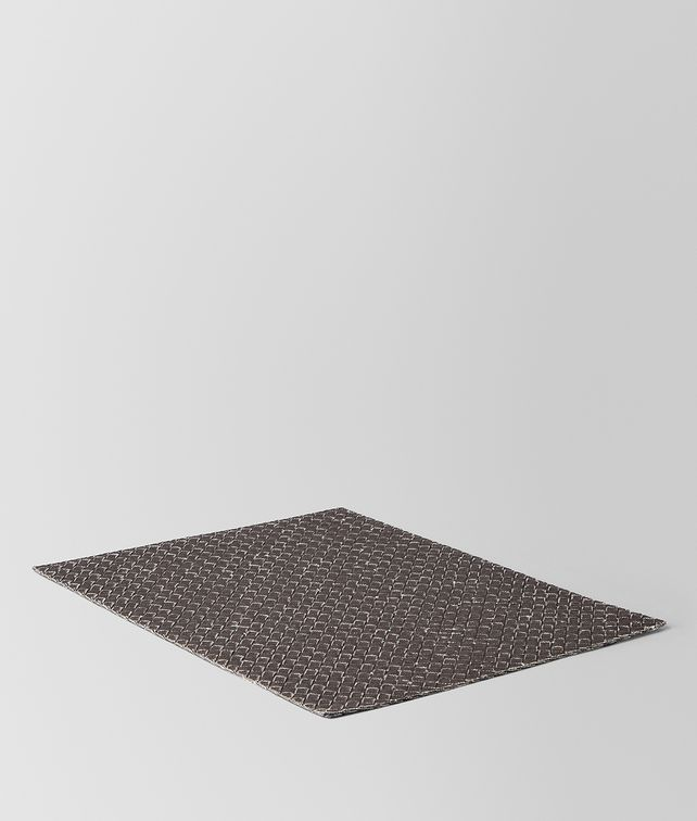 BOTTEGA VENETA CARBONE INTRECCIATO LINEN PLACE MAT TABLETOP E fp